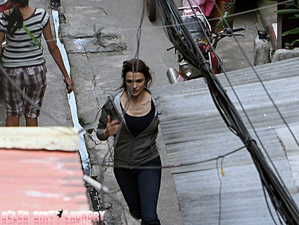 Rachel-Weisz-Manila-Set-The-Bourne-Legacy