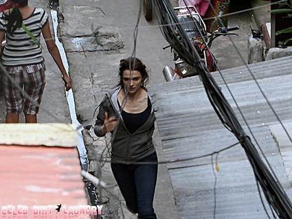 Rachel-Weisz-Manila-Set-The-Bourne-Legacy