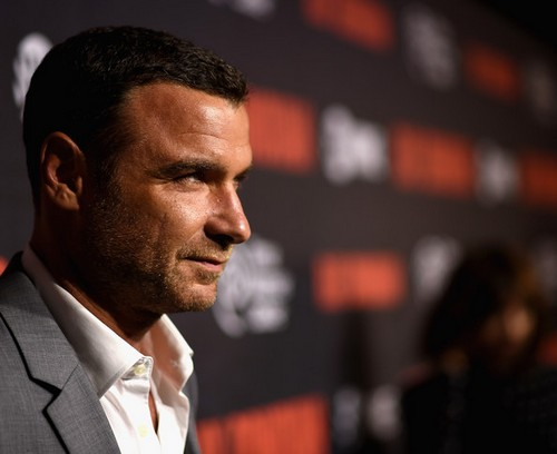 "Ray Donovan LIVE Recap and Review: Season 2 Premiere ""Yo Soy Capitan"""