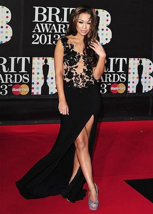 Rebecca-Ferguson-BRIT-Awards-2013-red-carpet-arrival