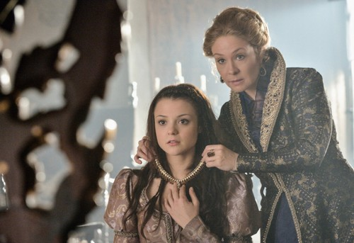 "Reign RECAP 3/27/14: Season 1 Episode 16 ""Monsters"""