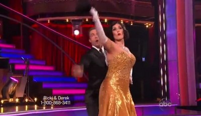 Rikki Lake Dancing With The Stars Quick Step Performance Video 10/24/11