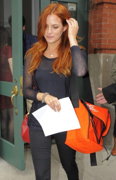 Robert Pattinson Dating Riley Keough? Weekend Mystery Woman Finally Identified 0701
