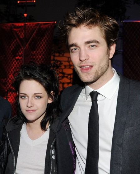 Relationship Trouble As Robert Pattinson And Kristen Stewart Look Grim? (Photo)