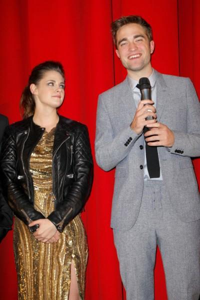 Robert Pattinson Scares Kristen Stewart With Lie Detector Test After Rupert Sanders Hook Up 0430