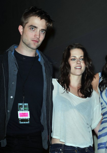 Robert Pattinson Attacks Rupert Sanders For Taking Advantage Of Kristen Stewart 1019