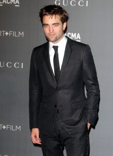 Robert Pattinson Tells Jimmy Kimmel: I Want To Throw Myself Out Of A Plane! 1106