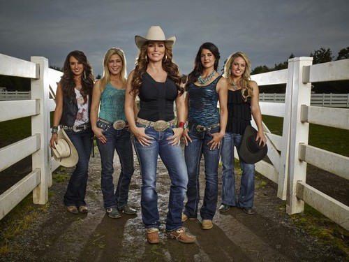 "Rodeo Girls RECAP 12/26/13: Season 1 Episode 4 ""Rodeo & Juliet"""