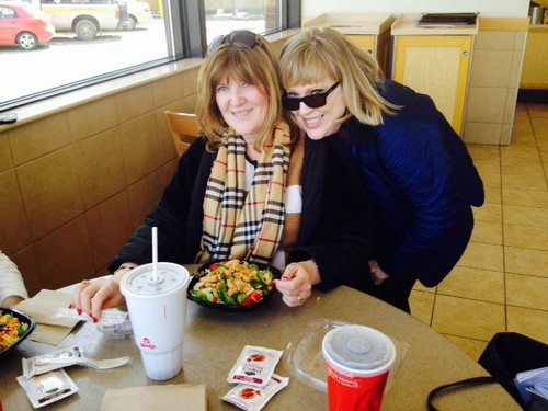 "Wendy's the Perfect Location for a ""Ladys' Lunch"" or A ""Girls' Getaway"" #NewSaladCollection"