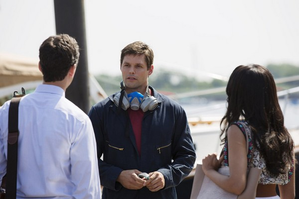 "Royal Pains Recap 8/26/14: Season 6 Episode 12 ""A Bigger Boat"""