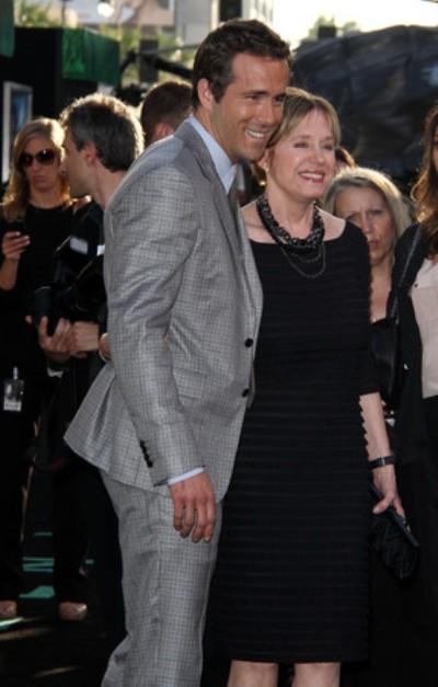 Ryan Reynolds' Mom Hates Blake Lively 0518