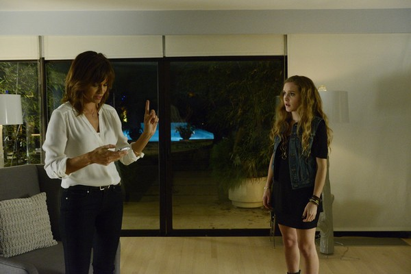 "Satisfaction Recap 7/17/14: Season 1 Premiere ""Pilot"""