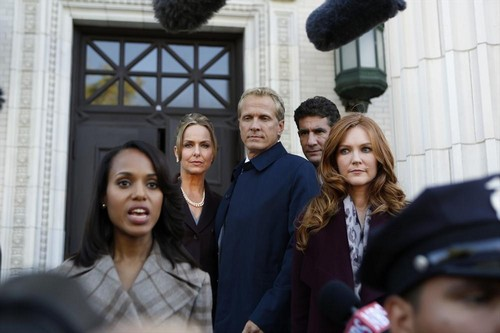 "Scandal RECAP 10/24/13: Season 3 Episode 4 ""Say Hello to My Little Friend"""