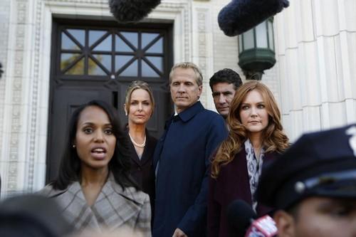 "Scandal RECAP 10/24/13: Season 3 Episode 4 ""Say Hello to My Little Friend"""