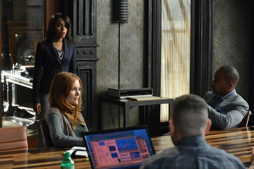 "Scandal RECAP 10/3/13: Season 3 Premiere ""It's Handled"""