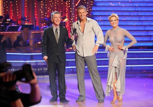 Sean Lowe Eliminated - Bachelor and Peta Murgatroyd Voted Off Dancing With The Stars