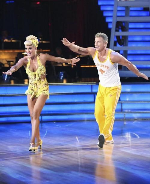"Dancing With the Stars Season 16 Week 4 ""The Best Year of My Life"" Sneak Peak, Preview, Spoiler - Who's Dancing What?"