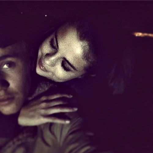 Selena Gomez and Demi Lovato Dinner Date Photo: Demi Wants Selena Away From Justin Bieber and in Rehab