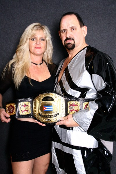 Pro Wrestling Duo become Entrepreneurs