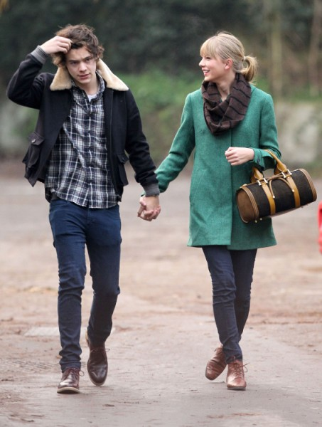 Simon Cowell Orders Harry Styles To Make Up With Dangerous Taylor Swift  0120