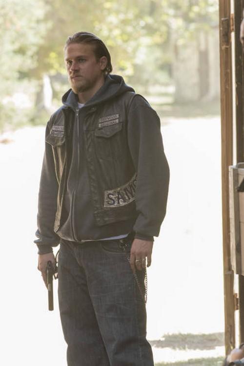 """Sons of Anarchy Season 5 Episode 12 """"Darthy"""" Recap 11/27/12"""