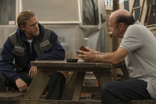 "Sons of Anarchy Season 5 Episode 13 ""J'ai Obtenu Cette"" Recap 12/4/12"