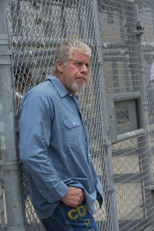 """Sons of Anarchy Season 6 Episode 3 REVIEW """"Lots Of Questions & Few Answers"""""""