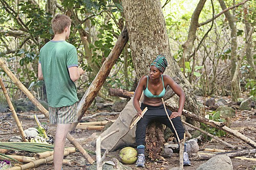 "Survivor: Brawn vs. Brains vs. Beauty RECAP 2/26/14: Season 28 Premiere ""Hot Girl With A Grudge"""