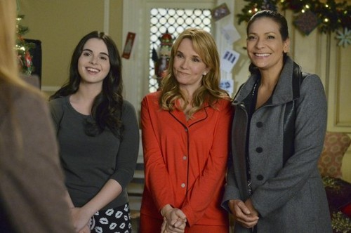 "Switched at Birth Recap ""Yuletide Fortune Teller"": Season 3 Episode 22 Holiday Special"
