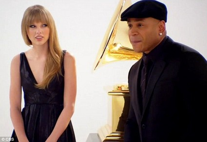 Taylor Swift Takes On Beatboxing