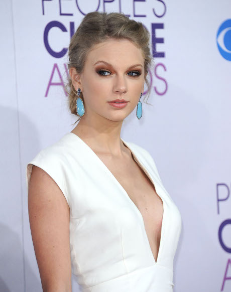 Taylor Swift Hard At Work on New Song to Bash Harry Styles' Cheating, Disrespectful Ways!