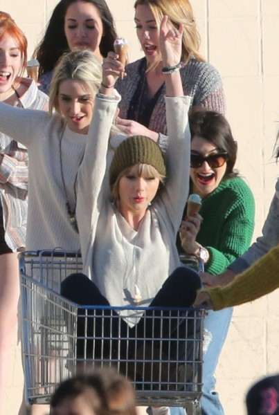 Carrie Underwood Confesses To Liking Taylor Swift's Music - But Still Hates Her Though! 0212