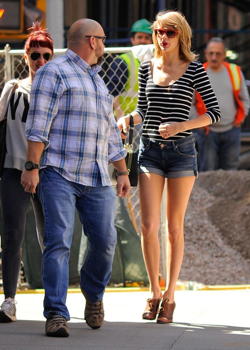 Meet Taylor Swift's New Boyfriend: Hot, Rich, And Multilingual! (PHOTOS)