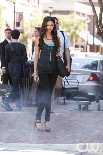 The Vampire Diaries Season 3 Episode 4 'Disturbing Behavior' Recap -10/06/11