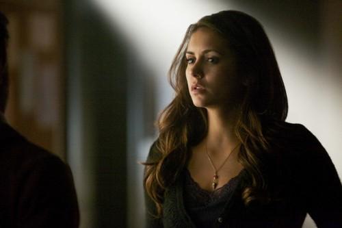 """The Vampire Diaries Spoilers Season 5 Episode 16 """"While You Were Sleeping"""" Sneak Peek Video"""
