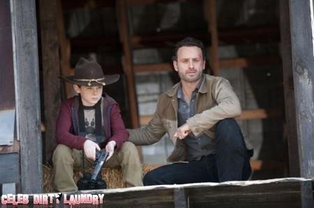 The Walking Dead Season 2 Episode 12, Shocking Spoilers & Sneak Peek (Videos)