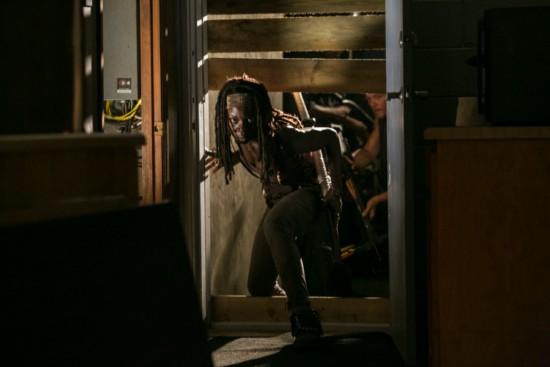 "The Walking Dead Season 3 Episode 8 ""Made To Suffer"" Recap 12/2/12"