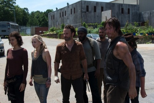 "The Walking Dead Season 4 Episode 8 REVIEW ""Too Far Gone"""