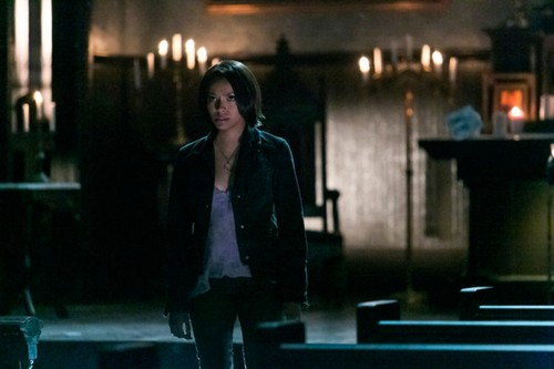 "The Vampire Diaries Spoilers Synopsis Season 5 Episode 18 ""Resident Evil"" Sneak Peek Video"