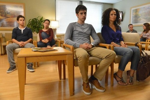 "The Fosters RECAP 7/29/13: Episode 9 ""Vigil"""