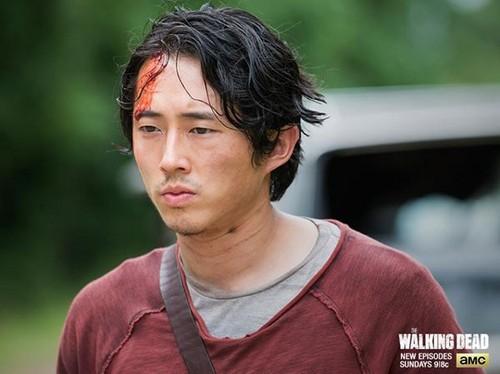 "The Walking Dead Recap - Abraham's Story: Season 5 Episode 5 ""Self Help"""