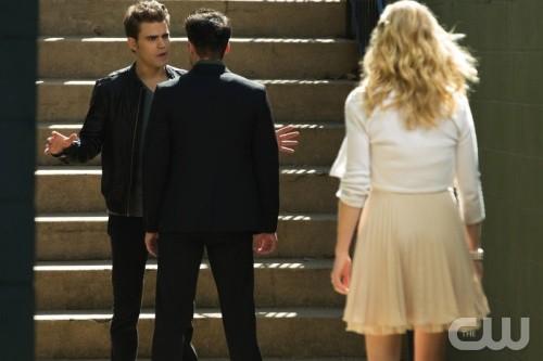 """The Vampire Diaries Season 4 Episode 9 """"O Come, All Ye Faithful"""" Recap 12/13/12"""