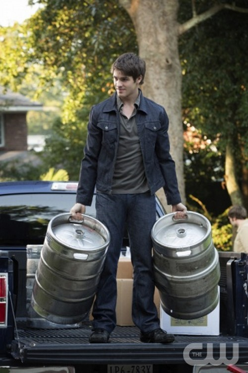 "The Vampire Diaries Season 4 Episode 7 ""My Brother's Keeper"" Recap 11/29/12"