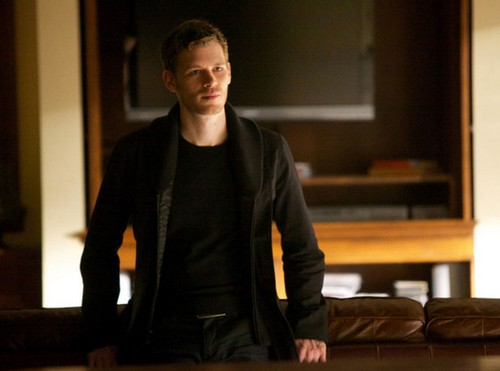 "The Vampire Diaries Season 4 Episode 16 ""Bring It On"" Sneak Peek Video & Spoilers"