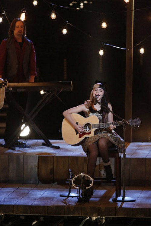 "Melanie Martinez The Voice Top 6 ""The Show"" Video 12/3/12"