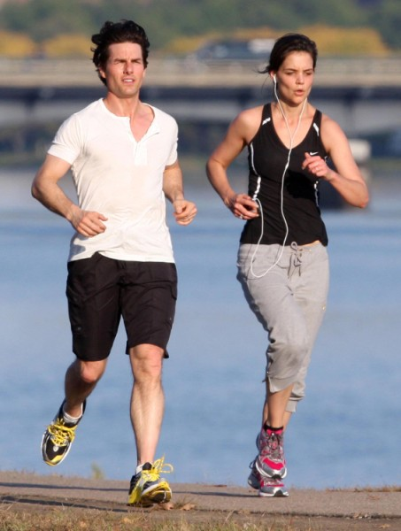 Katie Holmes: Tom Cruise Was Too Old For Me! 0927