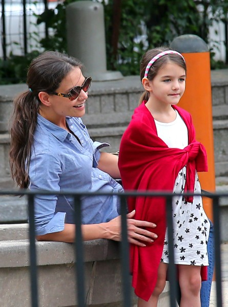 Did Tom Cruise Abandon Suri Cruise To Hurricane Sandy? 1104