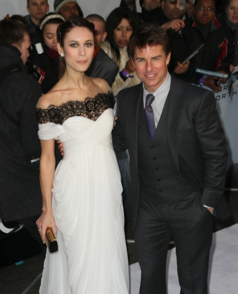 Tom Cruise Using Katie Holmes Divorce To Promote New Movie - Smart Or Desperate? 0409