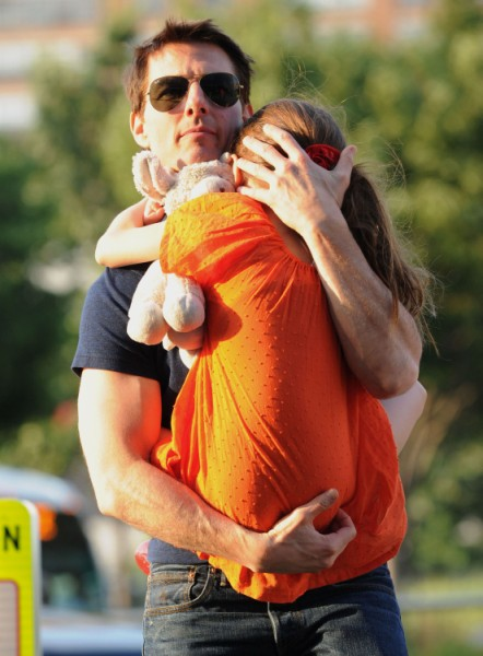 Tom Cruise Takes Suri From Katie Holmes For Thanksgiving – Scientology Rules