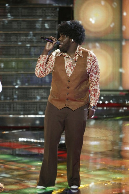"Trevin Hunte The Voice Top 10 ""Scream"" Video 11/19/12"